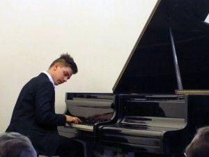 Концерт Григория Паламарчука в зале любимой школы